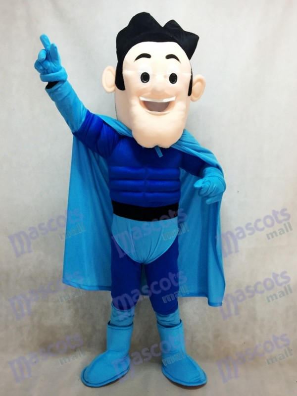 Costume de super héros avec mascotte de manteau bleu
