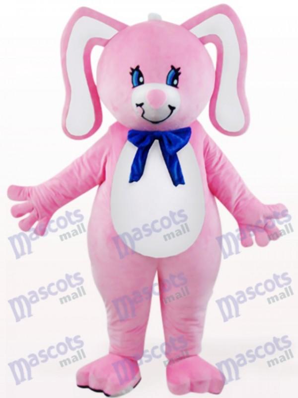 Lapin rose de Pâques avec le costume de mascotte animale d'oreilles florales